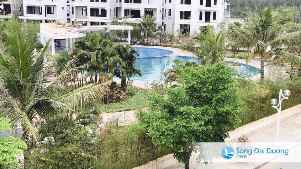 Bể bơi nước ngọt đối diện Villa SB 125