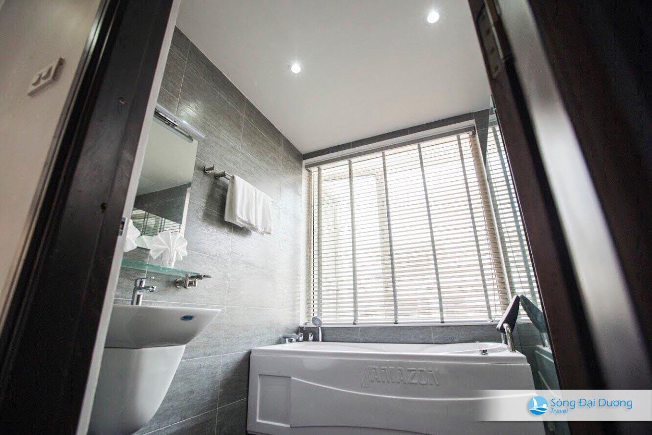 Phòng tắm Villa FLC SB72