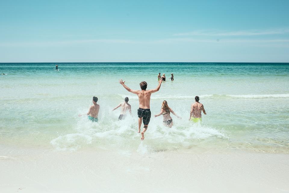 tắm biển Sầm Sơn